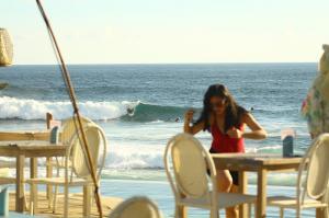 nusa-lembongan-waves-10